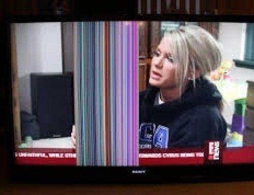 ظاهر شدن خط عمودی در صفحه تلویزیون   LED , LCD